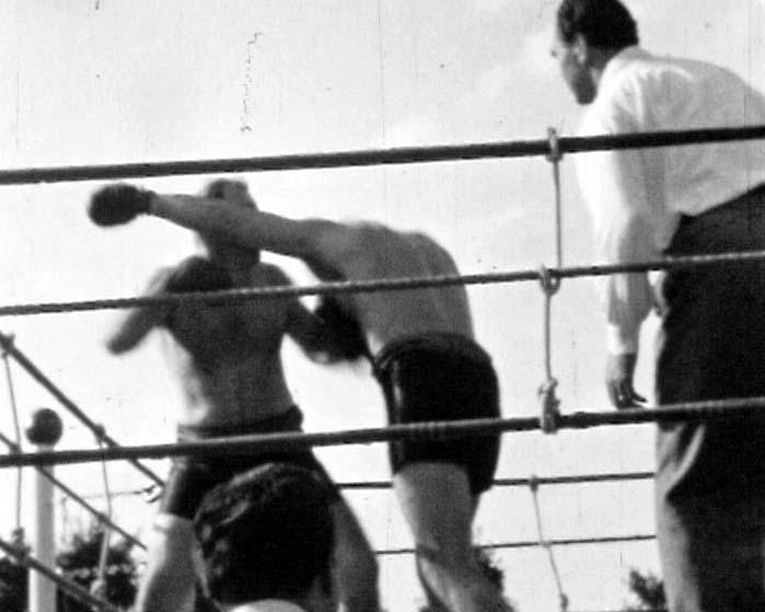 Boxkampf mit Ringrichter Max Schmeling 1