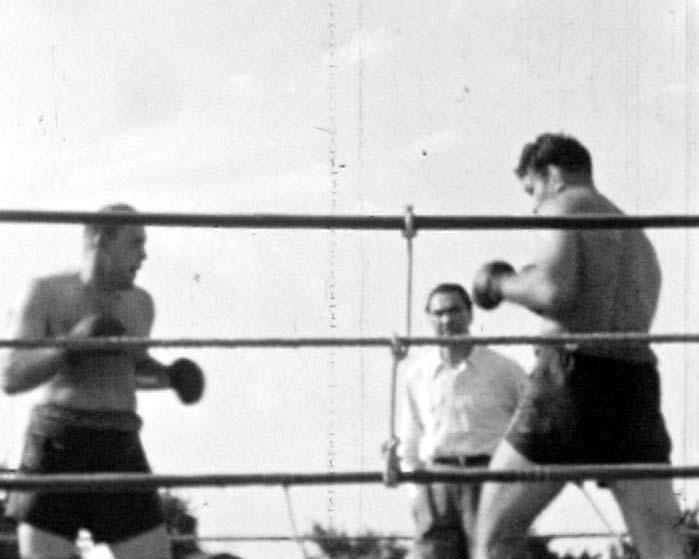 Boxkampf mit Ringrichter Max Schmeling 2
